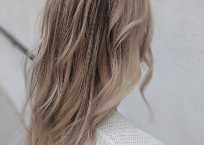 Creamy So-Cal Winter Blonde Balayage